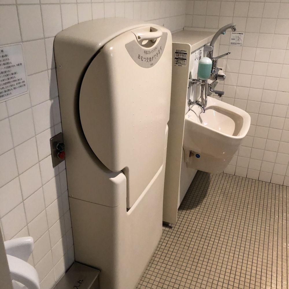おむつ替え用のトイレ メニュー 子連れでも行けるカフェ morzart figaro